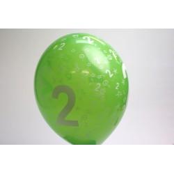 déco : ballons 30cm  MULTICOLORE imprimés chiffre 2 (les 8)