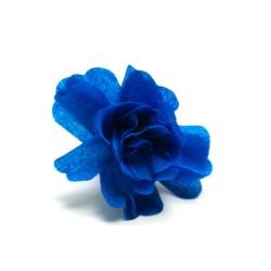 déco en papier : 25 fleurs de crépon turquoise