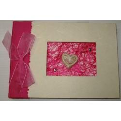 Livre d'or fuschia en coton gratté et sisal