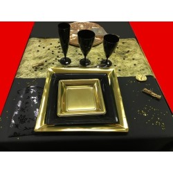 Table or et noire pour 12 personnes