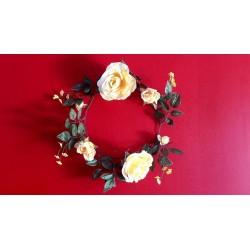 3 couronnes  de roses jaune en soie 30cm